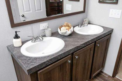 Clayton Crazy 8 Mobile Home Bathroom